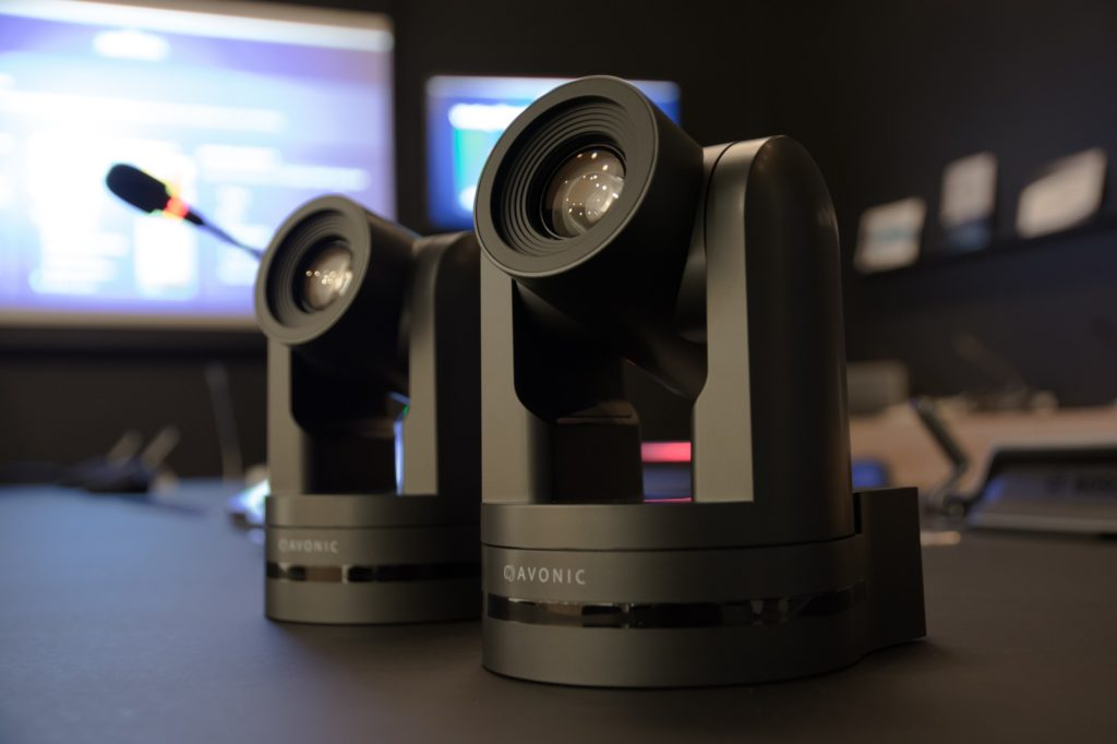 Avonic-PTX-two-Cameras-conferencing